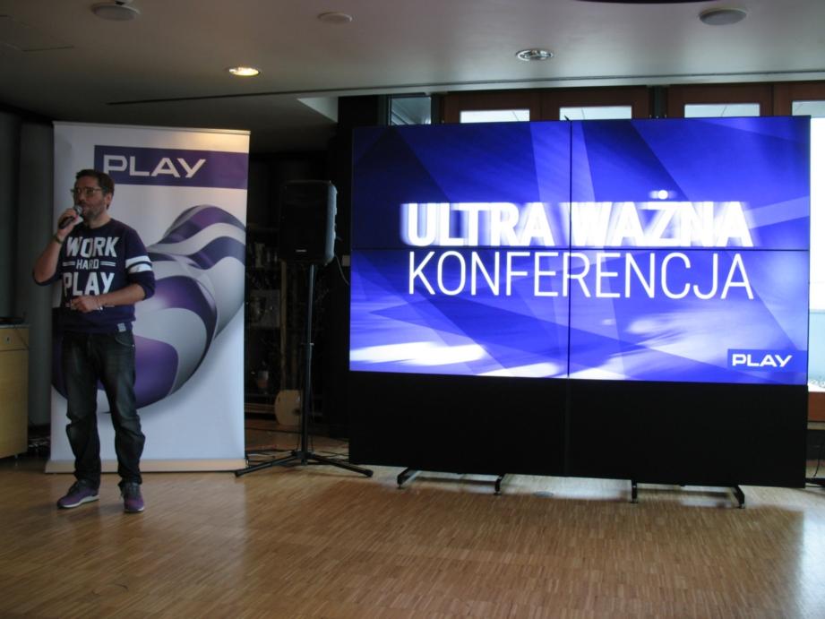 IMG_1047_play_ultra